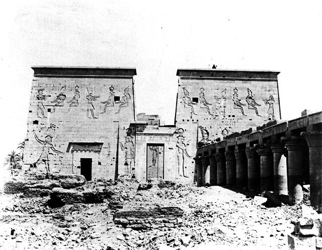 Templo-Philae-pilonos - fotos de Egipto