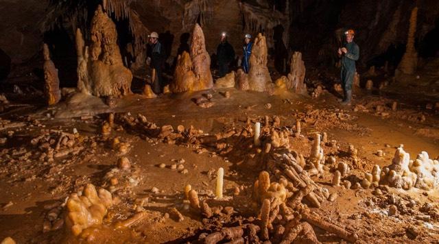 bruniquel templo Neandertal