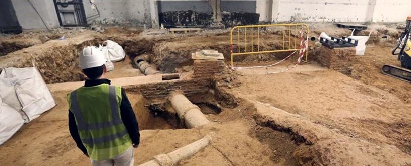 Descubiertos 100 esqueletos en un parking de Barcelona
