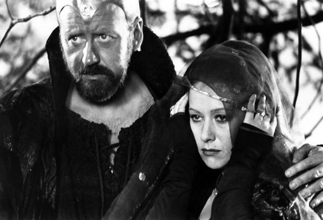 """Merlin y Morgana en una escena de la película de 1981 """"Excalibur"""""""