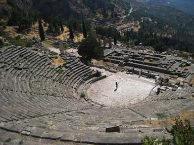 Teatro del complejo religioso de Delfos.